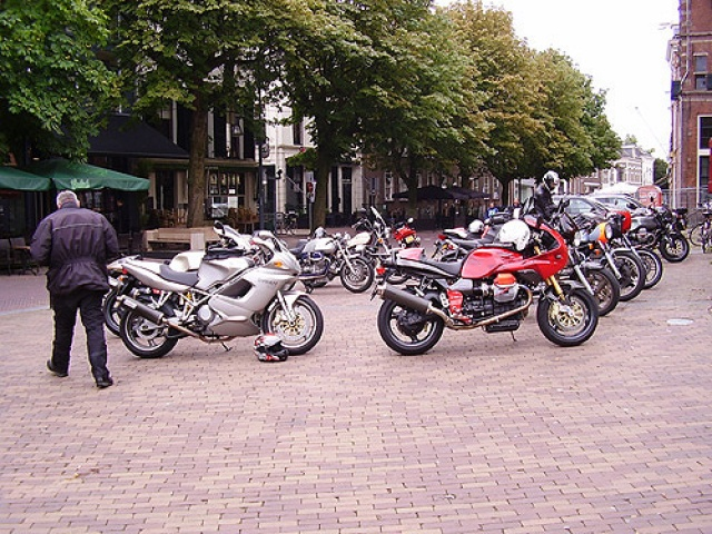 Guzzi sportief meeting 2010